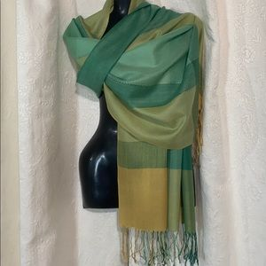 LN Green and yellow large plaid scarf/wrap